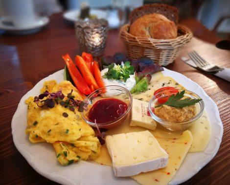 have-breakfast-3420133_1280